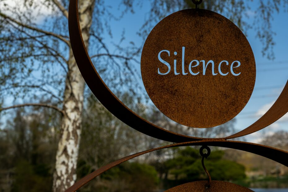 Personal Development Hack 109: How to Use the Power of Silence